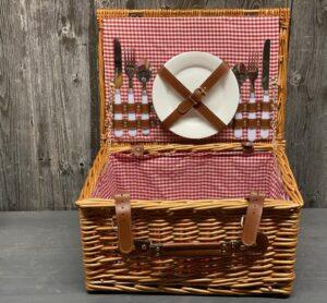 Picknick Koffer gefüllt für 2 Personen mit Lederverschluss - traditionell